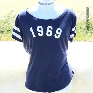 Gap 1969 Varsity Tee Shirt navy Blue sz M